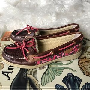 Sperry faux fur brown leather & leopard boat shoes